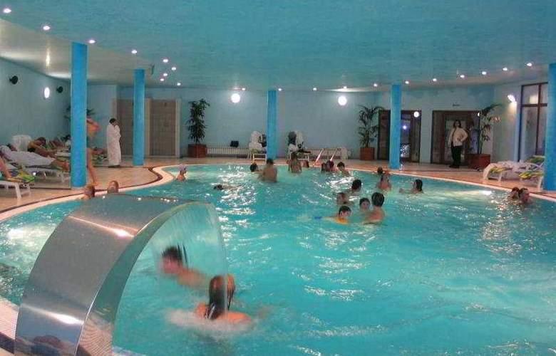 Strazhite - Pool - 7