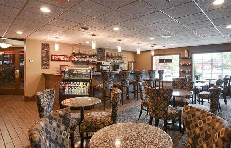 Best Western Plus Heritage Inn - Restaurant - 60