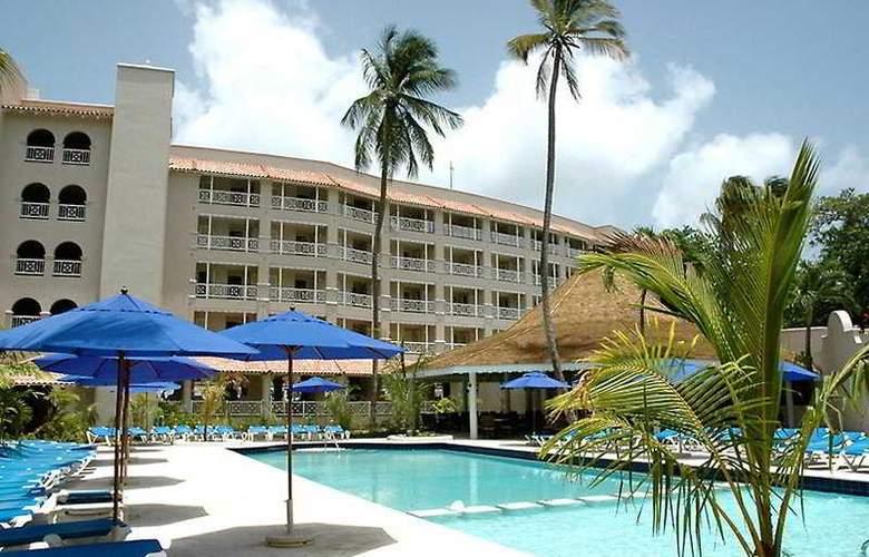 Almond Casuarina Beach Resort All Inclusive - Pool - 4