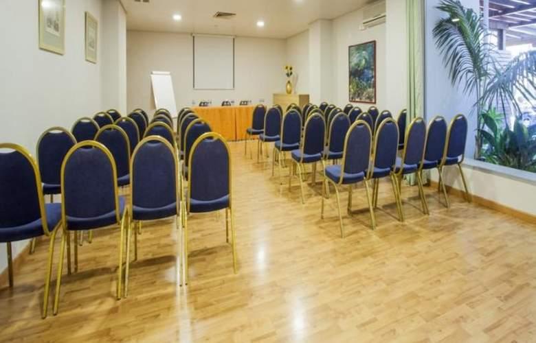 Palmasol - Conference - 35