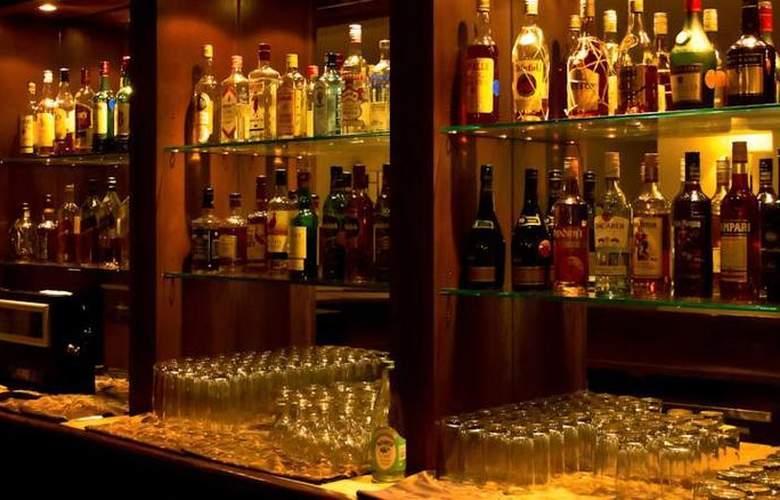 InterContinental Lusaka - Bar - 4