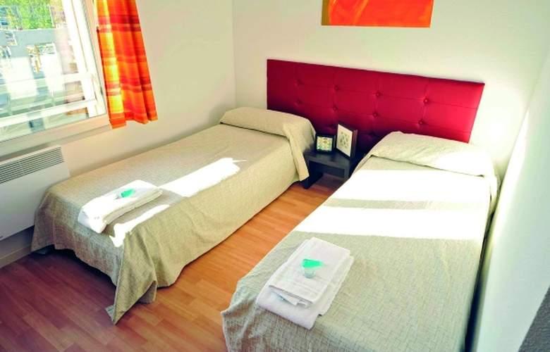 Park & Suites Confort Bourg-en-Bresse - Room - 3