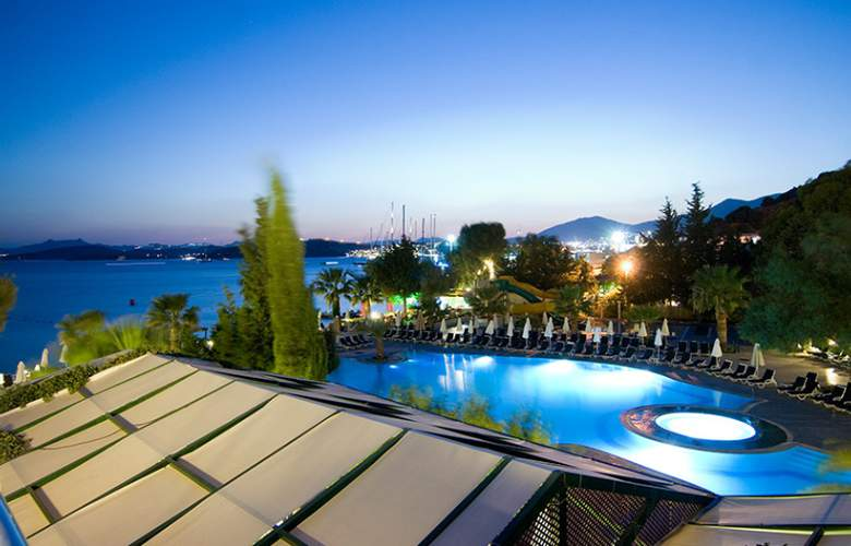 Labranda TMT Bodrum Resort - Pool - 12