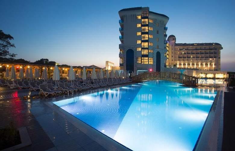 Water Side Delux Resort - Pool - 54