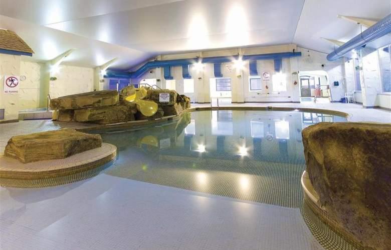 Best Western Park Hall - Pool - 233
