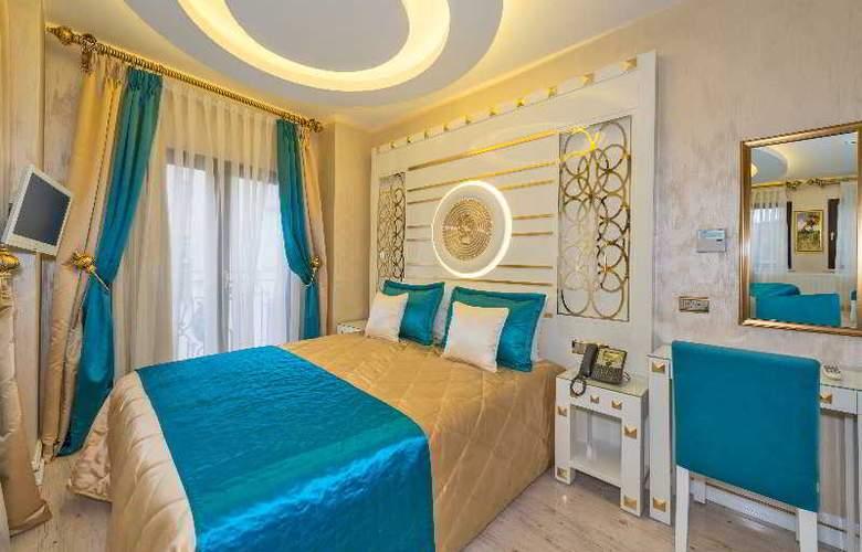 The Million Stone Hotel - Room - 9
