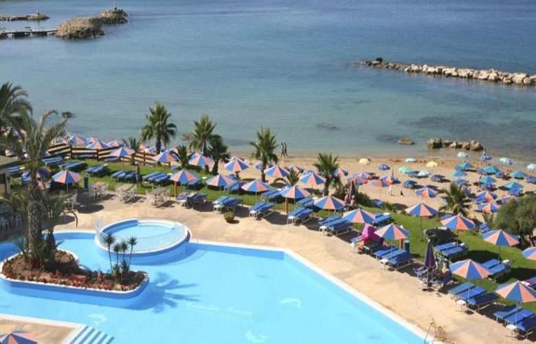 Corallia Beach Apartments - Beach - 11
