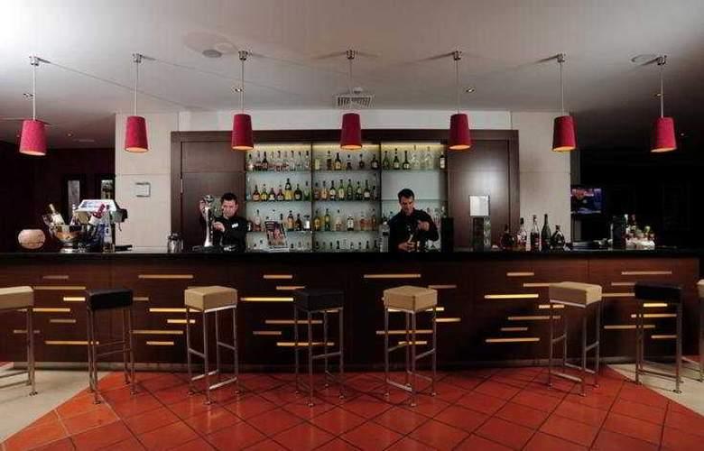Vila Gale Cascais - Bar - 5