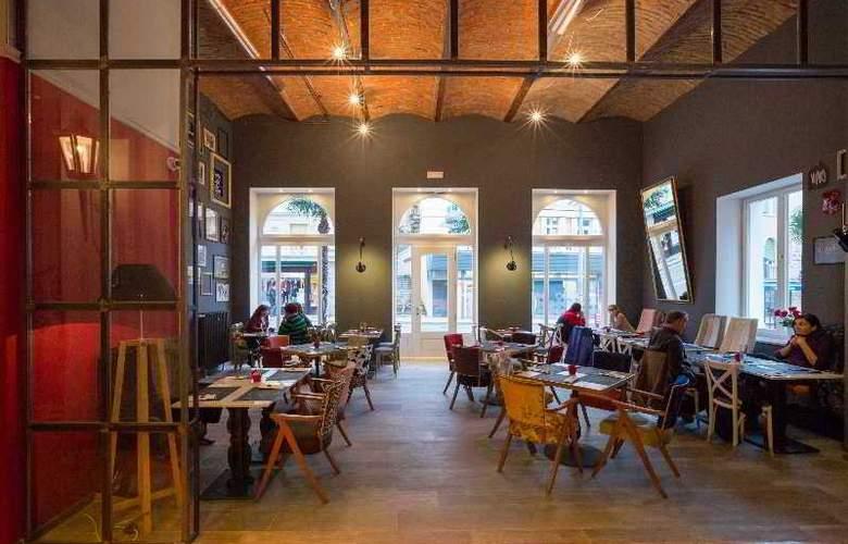 Continental - Restaurant - 11