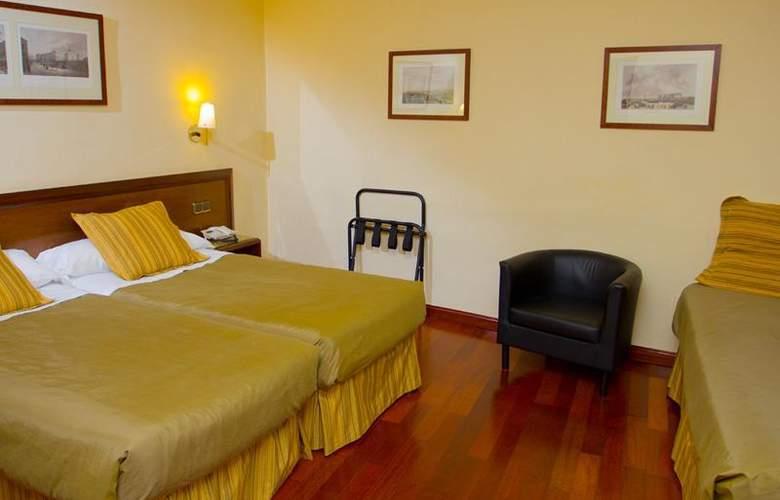 Carlos V - Room - 113