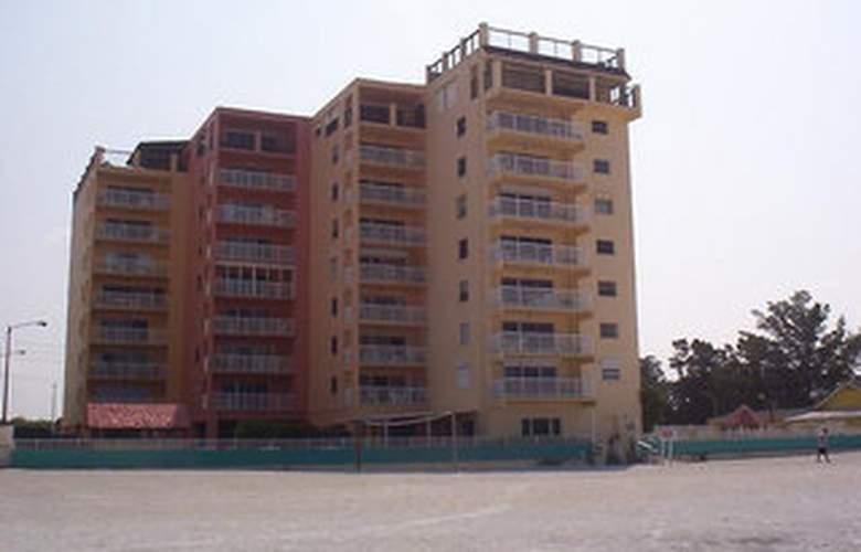 Holiday Villas - Hotel - 0