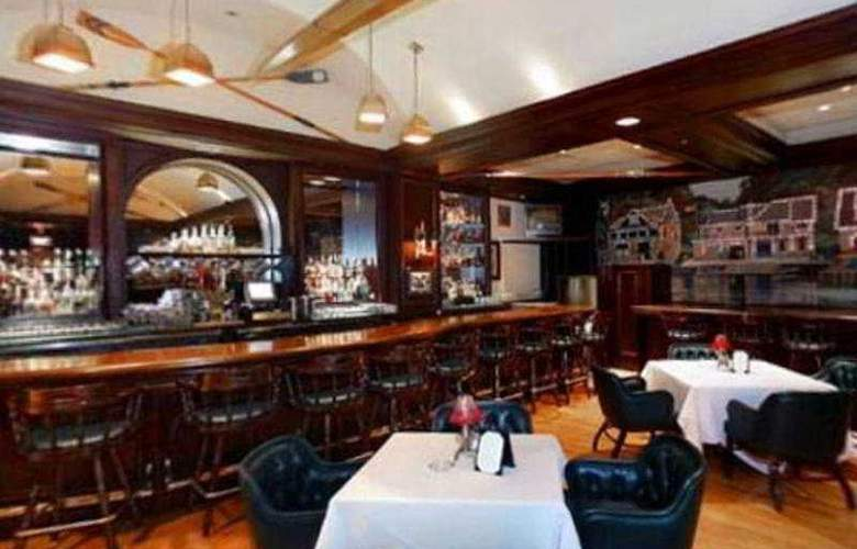 Rittenhouse 1715 - Bar - 5