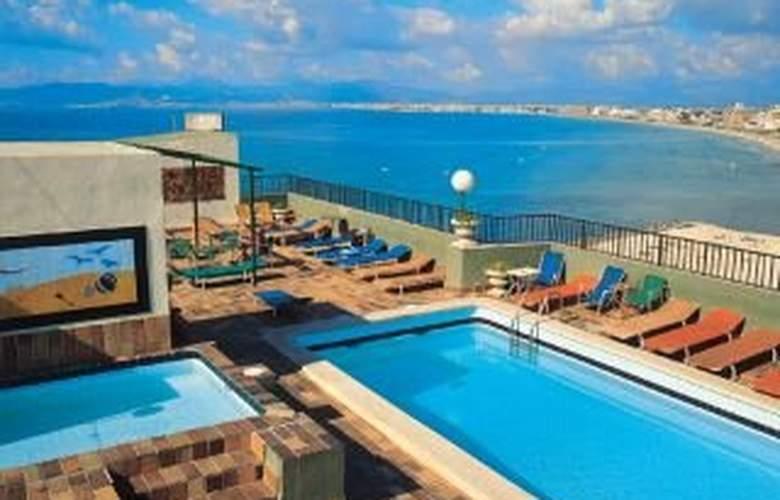 Whala Beach - Pool - 2