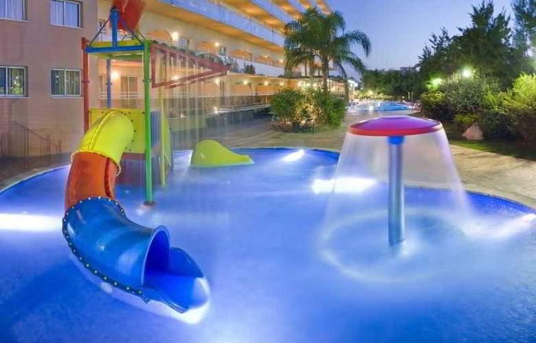 SunClub Salou Apartamentos - Pool - 2