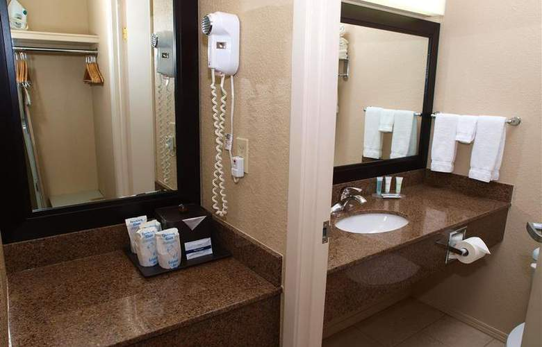 Best Western Pembina Inn & Suites - Room - 129