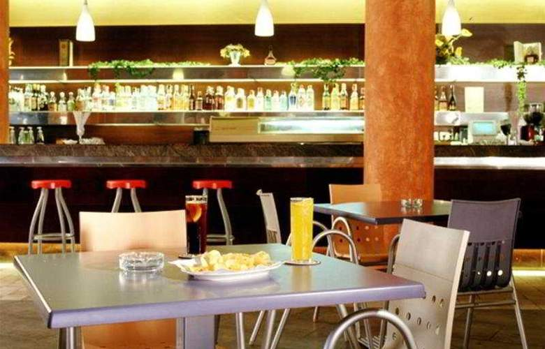 Advise Hotels Reina - Bar - 7