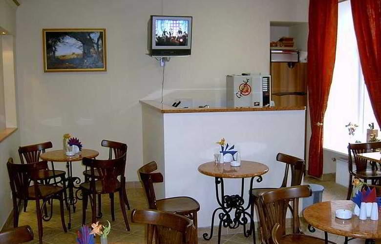 Nevsky Hotel Grand - Bar - 4