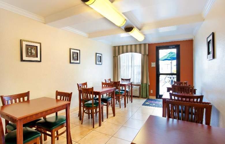 La Quinta Inn International Drive North - Restaurant - 36
