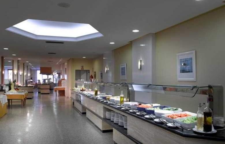 Fiesta Hotel Tanit - Restaurant - 5