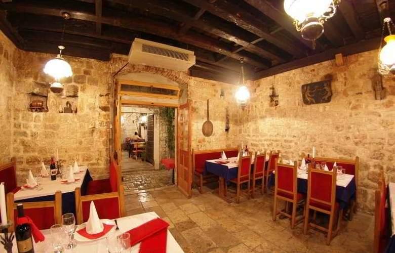 Tragos - Restaurant - 7