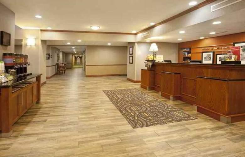 Hampton Inn & Suites Fort Worth-West-I-30 - Hotel - 0
