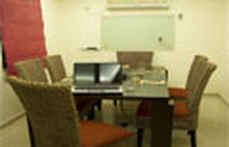 Shilton Suites - Hotel - 0