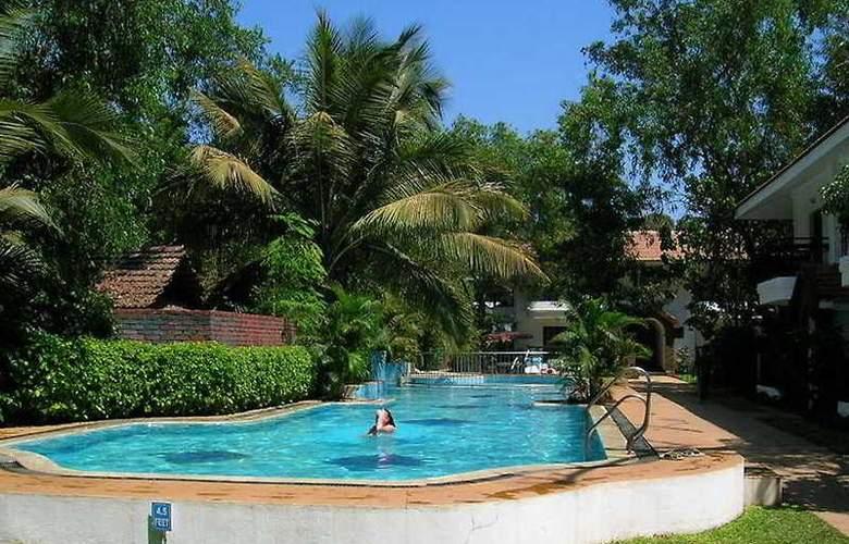 Villa Goesa - Pool - 6