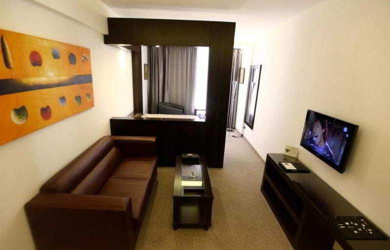 WH Hotel - Room - 13