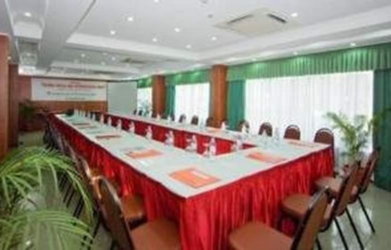 Beehive Nalahiya Hotel - Conference - 7