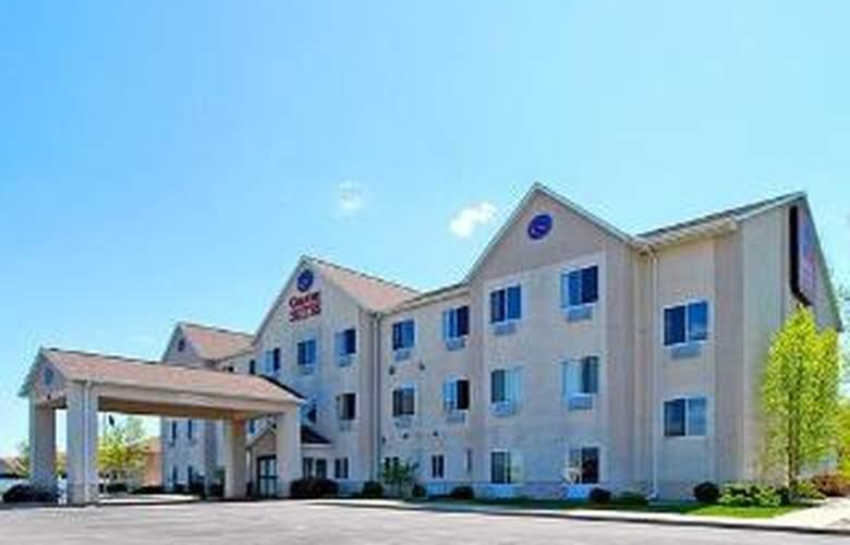 Comfort Suites Auburn - Hotel - 0