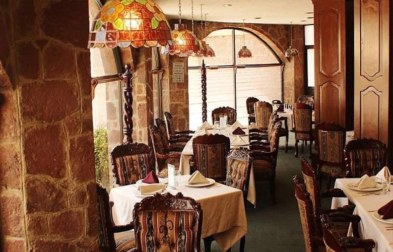 Best Western Toluca - Restaurant - 44
