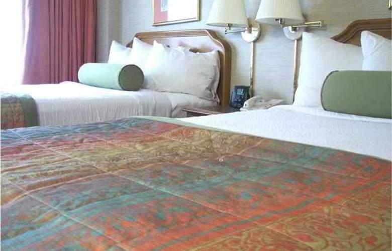 Embassy Suites Hotel - Hotel - 8