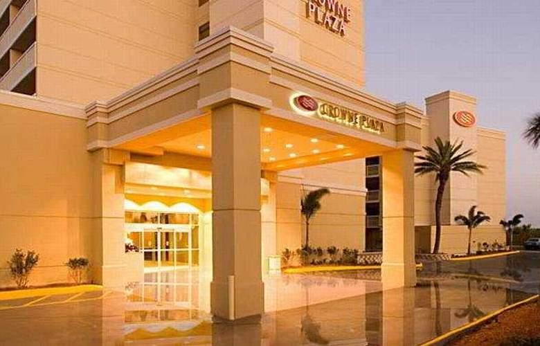 Crowne Plaza Melbourne Oceanfront - Hotel - 0