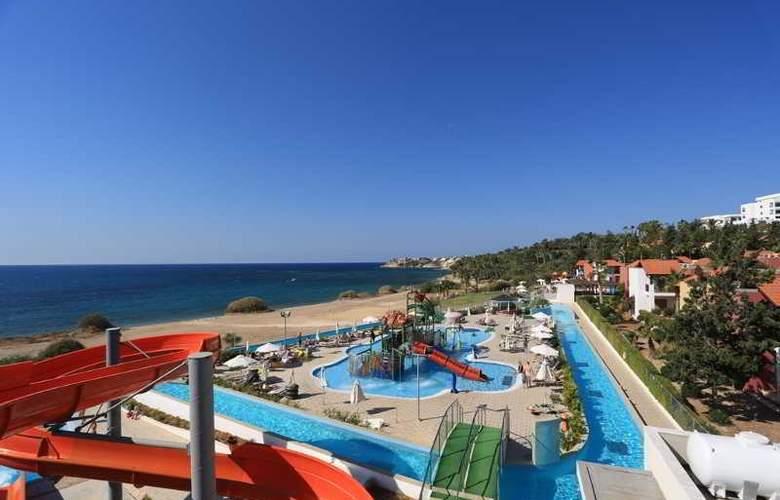 Aquasol Holiday Village - Pool - 9