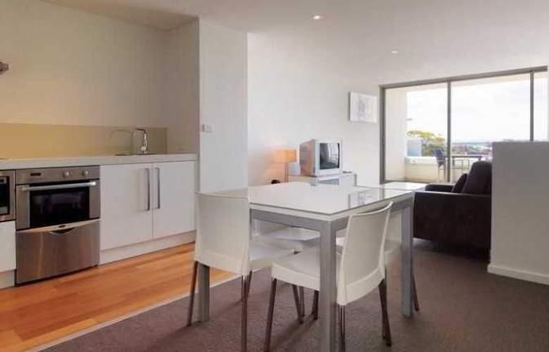 Oaks Lure Apartments - Room - 9