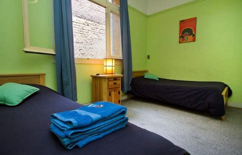 Hostal Forestal - Room - 2