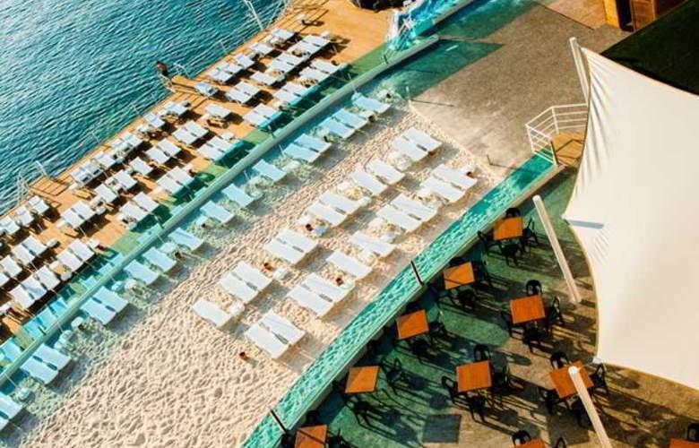 Water Planet Hotel & Aquapark - Beach - 19