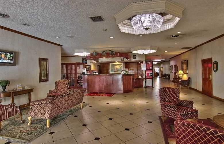 Clarion Inn Modesto - General - 1