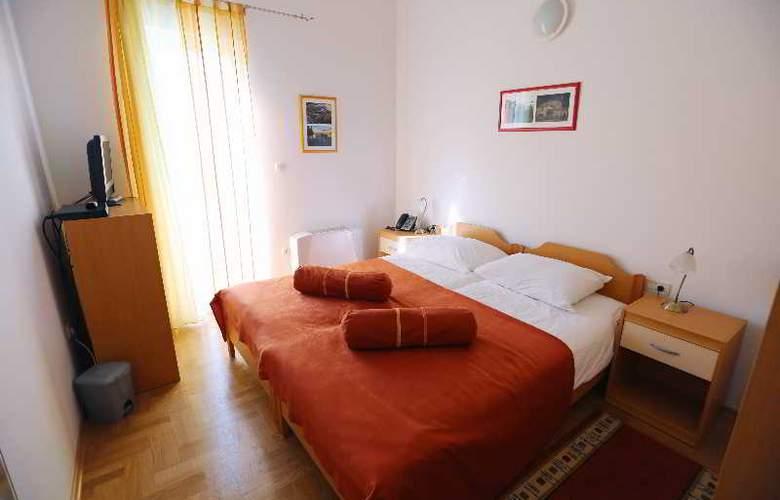 Pervanovo Apartments - Room - 27