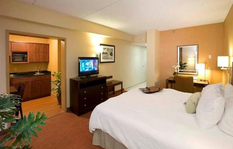 Hampton Inn Waldorf - Room - 11