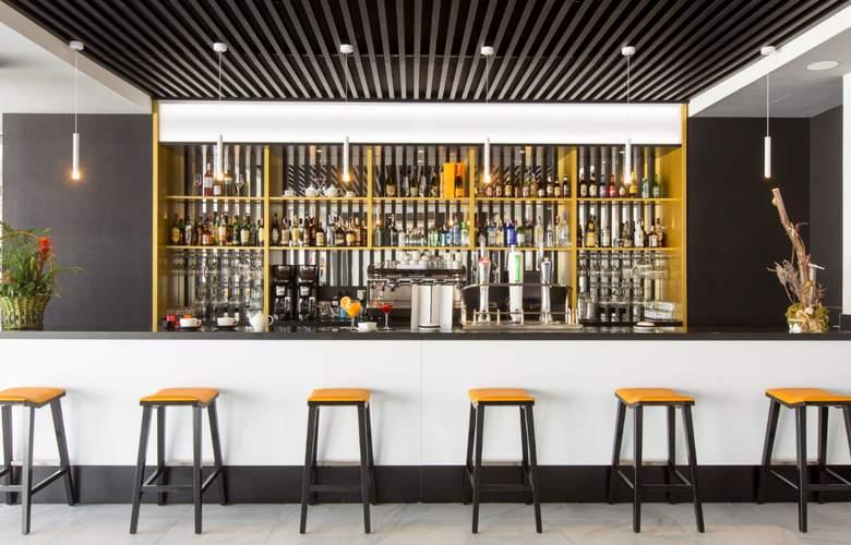 Grand Luxor - Bar - 4