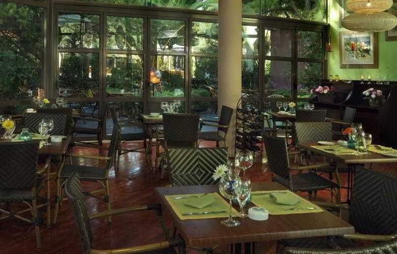 Dionysos - Restaurant - 8