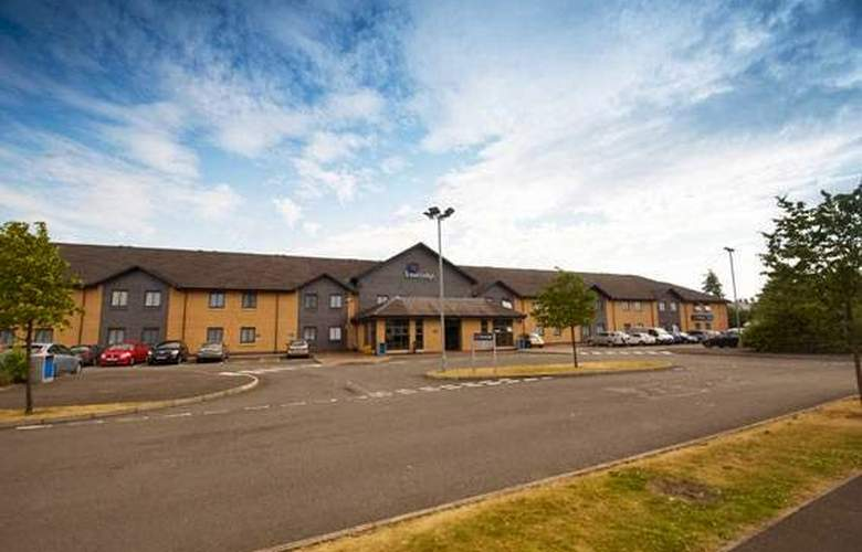 Travelodge Gatwick Airport Central - Hotel - 0