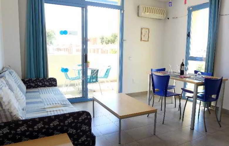 Costa Verde - Room - 11