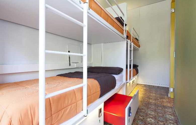 Urbany Bcngo - Room - 8