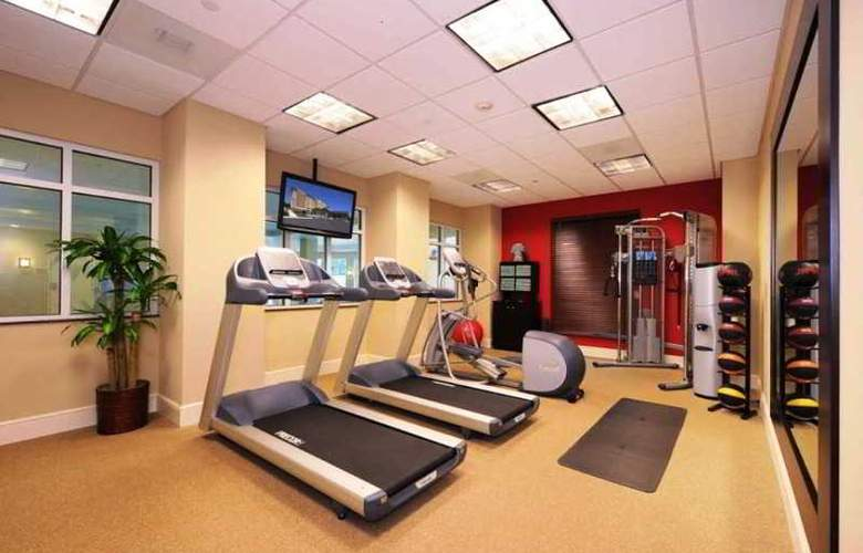 Hilton Garden Inn Atlanta Airport North - Sport - 8