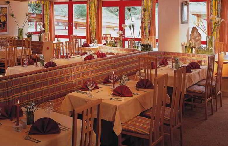 Sunny - Restaurant - 2