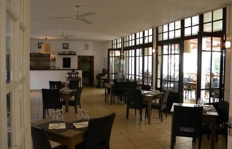 Les Falaises - Restaurant - 8