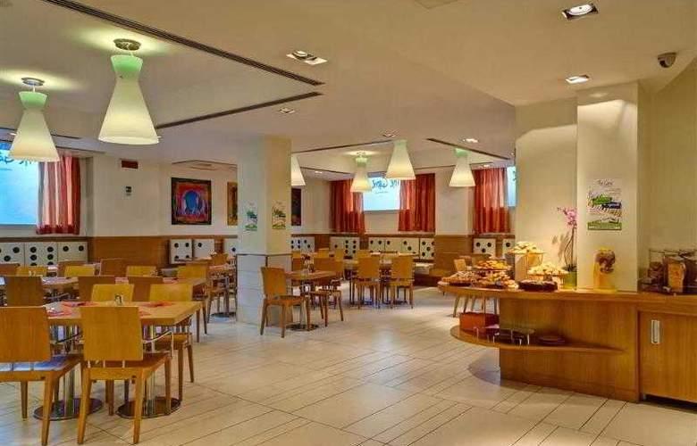 Best Western Globus - Hotel - 21