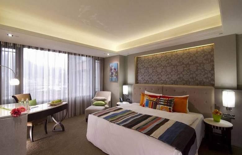 S.Aura - Room - 5